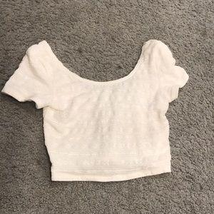 Tops - White short sleeve crop top